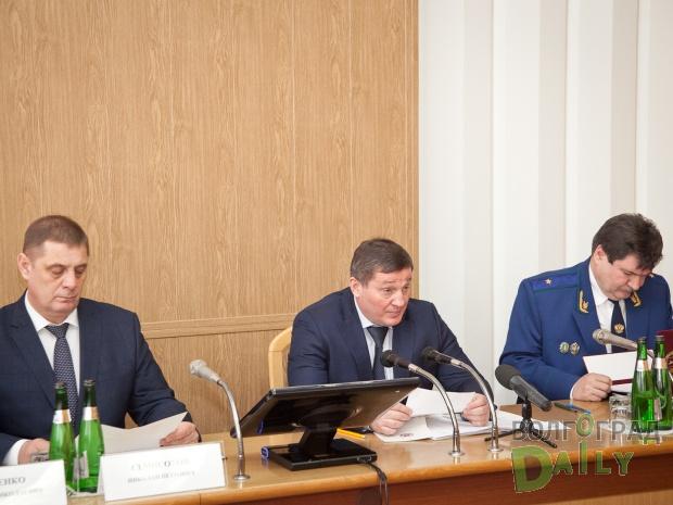 «Мыпродолжим наступательную политику понаведению порядка вЖКХ»— Андрей Бочаров