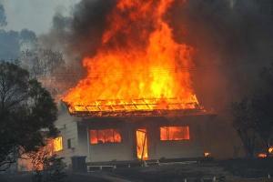 Количество пожаров снизилось, новозросло число погибших вних людей