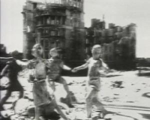 Волгоградцы почтили память жертв массированной бомбардировки 23августа 1942 года