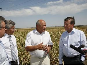 Виктор Зубков иАнатолий Бровко побывали водном изхозяйств Калаческого района