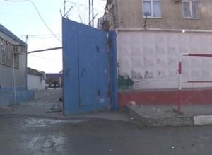Здание городского ГИБДД подверглось атаке неизвестного взрывателя