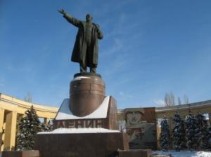 Волгоградские единороссы поддерживают инициативу онеобходимости предания земле тела Ленина
